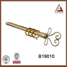B19010 Finial in lackiertem Finish