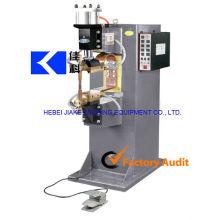 Ingenieros disponibles para dar servicio a máquinas de soldadura por puntos en el extranjero