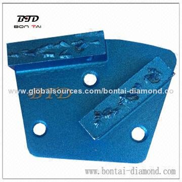 Split PCD grinding pad with PCD chips for floor coating removal