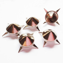 Metallo Cono Nailheads 12mm in pelle