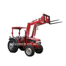 Tractor Loader TZ10 con tenedor de paleta
