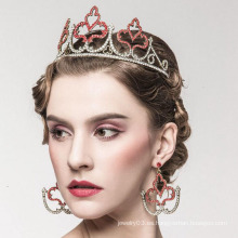 Tiara nupcial de imitación de la aleación de la corona de la perla Tiaras y corona de la mala hierba de la tiara