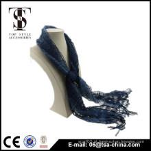 Viscose e nylon misturando azul escuro oca borla mola xale cachecol