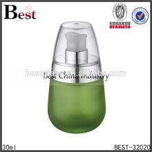 Botellas de vidrio esmerilado verde 30ml con bomba y tapa de plata, botellas de envases cosméticos, botella de loción cosmética para el cuidado de la piel