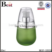 30 мл зеленый матовое стекло бутылки с серебряными насосом и крышкой, косметической упаковки бутылки, уход за кожей косметическая бутылка лосьона
