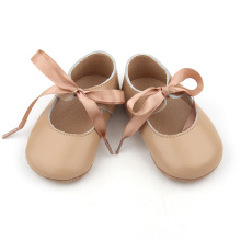 Zapatos de vestir de niña en stock por mayor