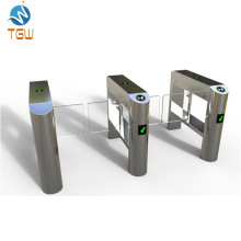 Pedestrian Control Electronic Glass Swing Turnstile for Hotel