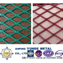 PVC Coated Expanded Metal Fencing