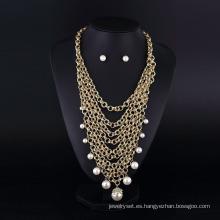Collar de múltiples capas de perlas de cadena de aluminio chapado en oro