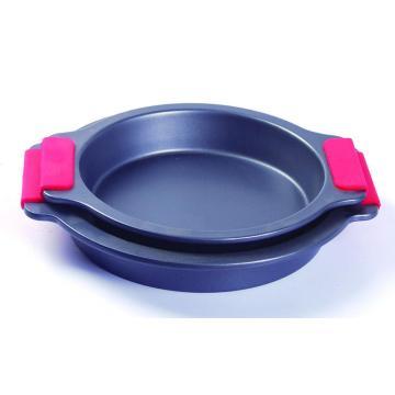 Silicone grip round cake pan