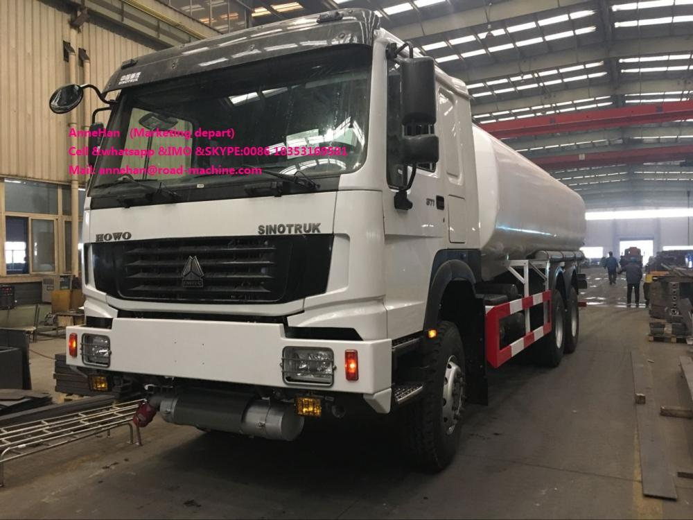 White Color Oil Tank Truck 2