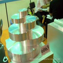 Fabricação de perfil de extrusão de alumínio