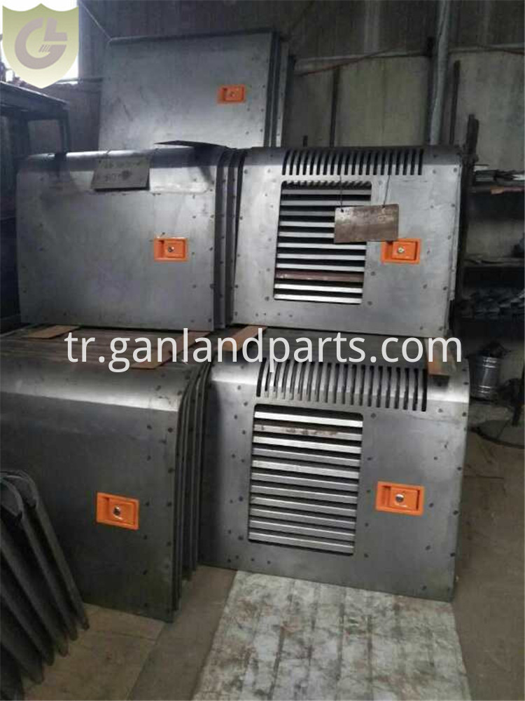 Hitachi EX200 Parts