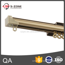 Electrophoresis single curtain track with plastic runner