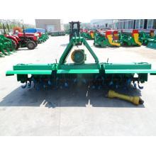 Cultivador rotativo accionado por tractor de más de 100 CV