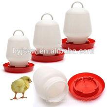 Mangeoire pour poulets