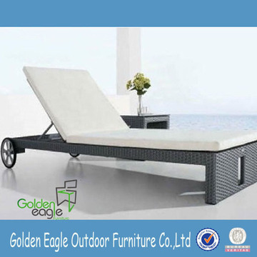 Hot selling outdoor lounge bed