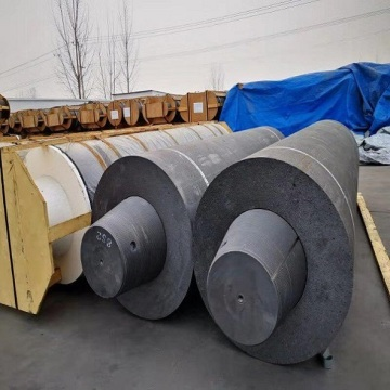 Diameter UHP650mm 700mm Graphite Electrode Length 2400mm