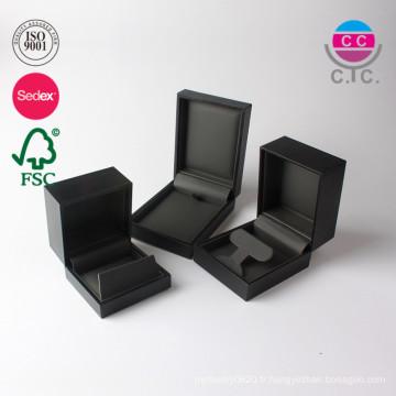 Boîte de cadeau d'emballage de bijoux en flanelle de cuir personnalisé