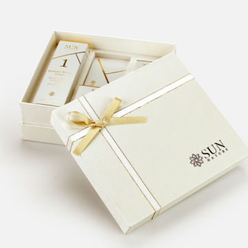 Rigid Packaging Skincare Presentförpackning med Ribbon Bow