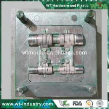 Fournisseur moule d'injection plastique pour pièces de voiture / pièces d'automobiles moulage pièces de voiture en plastique moule