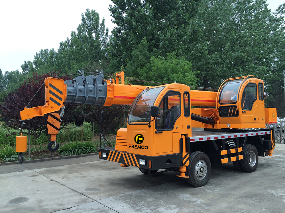 tire truck crane for south africa