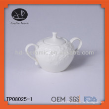 whtie ceramic sugar pot with handle