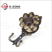 Wholesale curtain accessory metal curtain wall hook
