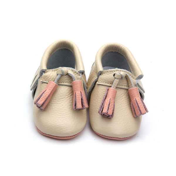 2016 Latest Style Genuine Leather Baby Shoes with Fringe