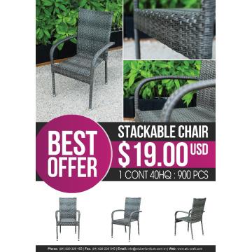 Cadeira empilhável ATC Best Offer em item de promoção mensal
