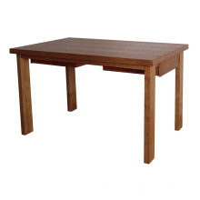 Tabela de madeira da cantina da mesa de jantar do hotel