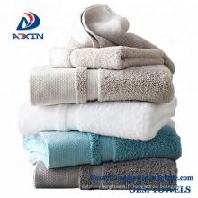Serviettes de bain luxueuses en coton à longues fibres luxueuses pour hôtel 5 étoiles
