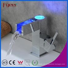 Self-Power 3 Farbe LED Wasserfall Messing Becken Wasser Wasserhahn (QH0615AF)
