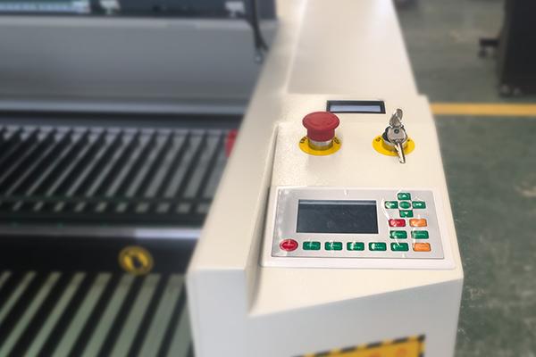 laser cutter engraver machine