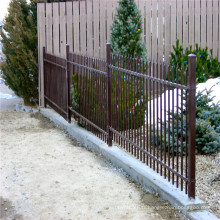 Clôture de palissade en fer noir pour jardin