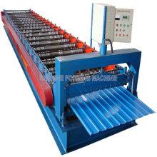 Lamina de metal que forma la máquina