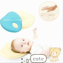 Oreiller de bébé en forme de coeur 2014