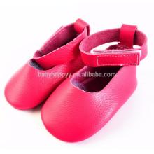 2016 el último resbalón de cuero verdadero de los moccs de la muchacha de los zapatos de bebé del verano en el bebé