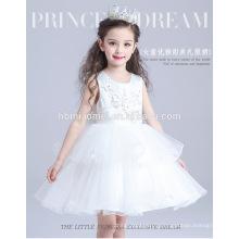2016 nouvelle mode couleur blanche performance bébé fille robe été conception princesse bébé fille robe maxi