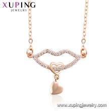 44470 Nouvelle arrivée femmes bijoux en forme de lèvre design pendentif en zircon rose plaqué or collier
