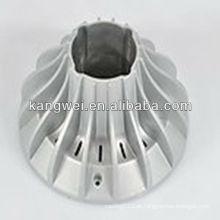 Lâmpada feita por fundição de alumínio