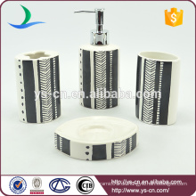 4pcs keramischer weißer und schwarzer Ölgemälde-Effekt-Zahnbürsten-Halter für Badezimmer