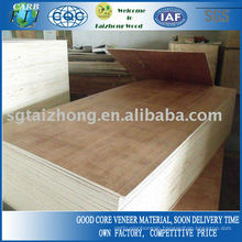 Red Mixed Veneer Commercial Plywood Sheet