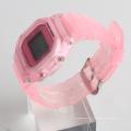 Montre arrière en acier inoxydable montre en plastique résistant à l'eau pour sport 3ATM sans nickel