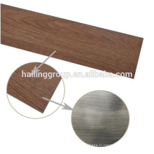 Le meilleur Planches en bois de plancher de Pvc de grain en bois anti-dérapant