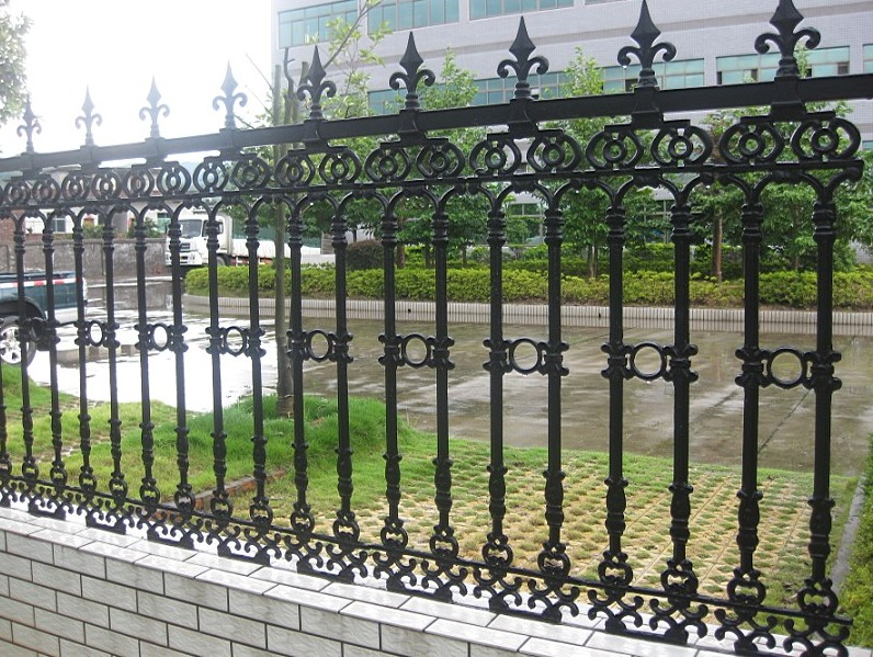 Security garrison fencing for school