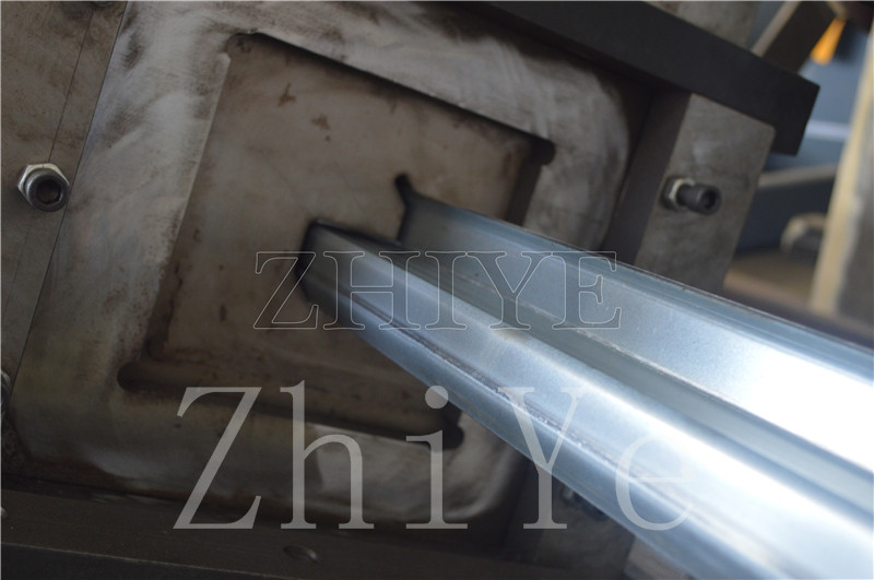 CNC Colored Steel Z Purlins Cold Forming Machines