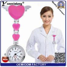 Yxl-272 design personalizado relógio portátil broche de presente de silicone relógio de enfermeira moda wholessale relógios mais baratos