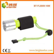 Alimentation en usine Matériau Super Bright ABS Rechargeable 10w Plongée Lumière puissante avec capteur Zoom Zoom