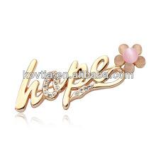 2013 hot sale letter brooch wholesale in yiwu